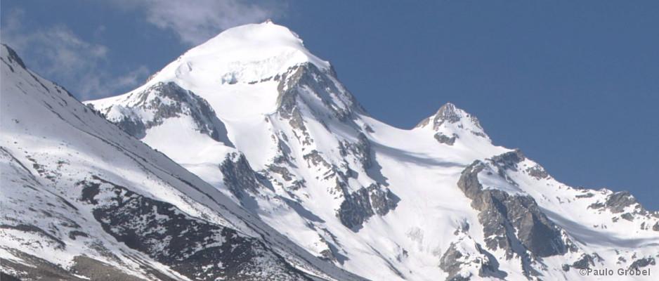 Der Gipfel des Ardang in Nepal
