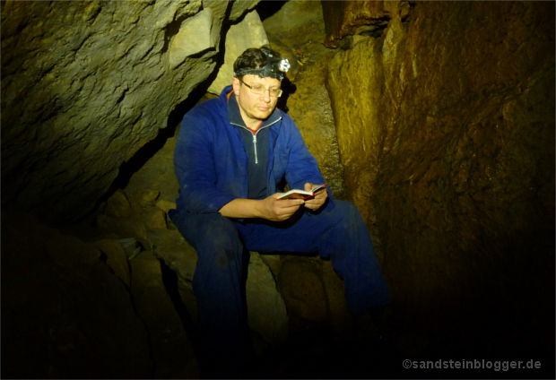 Michael Bellmann in der Schleifsteinhöhle