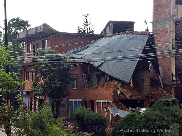 Zerstörtes Haus in Kathmandu