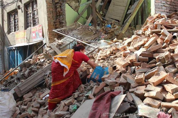 In den Trümmern von Kathmandu