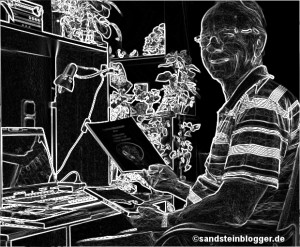 Peter am Schreibtisch