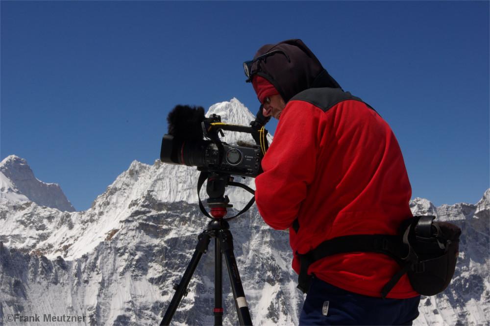 Frank Meutzner filmt am Kangchendzönga