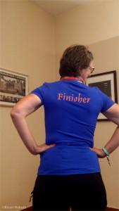 Bruni im T-Shirt mit Aufschrift Finisher