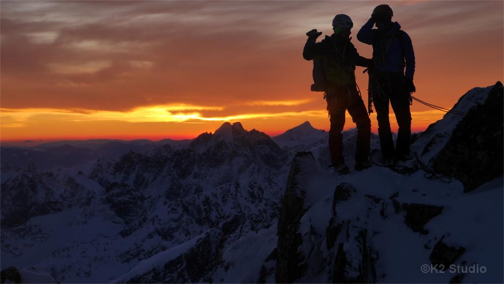Zwei Bergsteiger auf dem Tatra-Hauptkamm