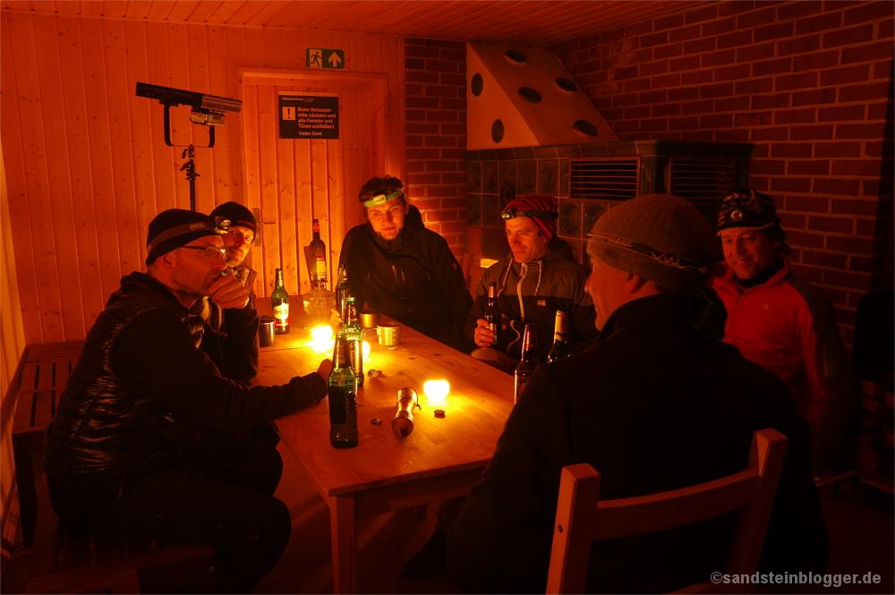 Abend in der Hütte