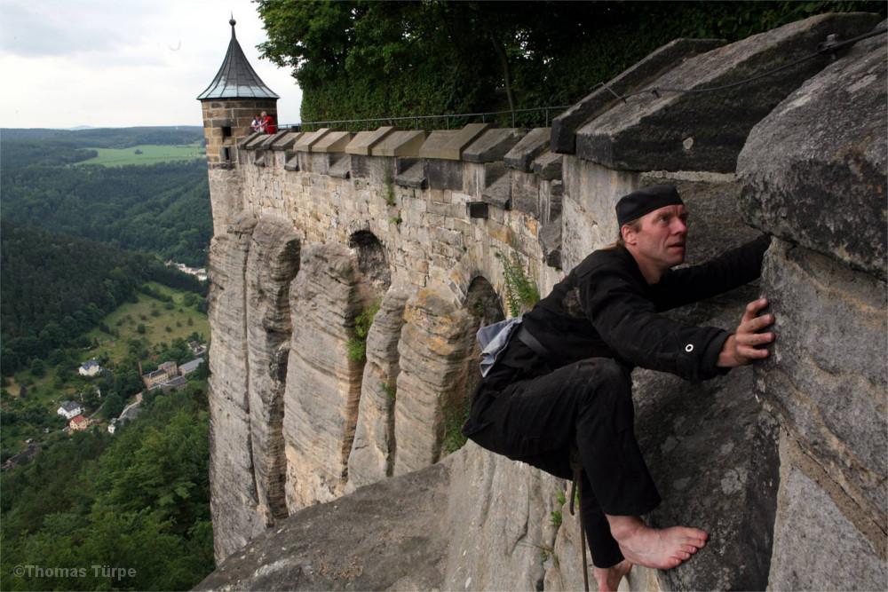 Abratzky-Double an der Brustwehr der Festung Königstein