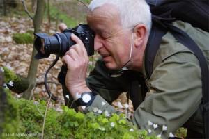 Holm Riebe mit Fotoapparat