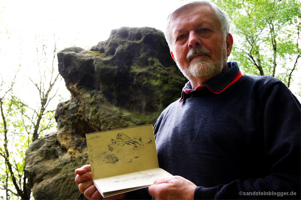 Frank Richter mit Skizzenblock