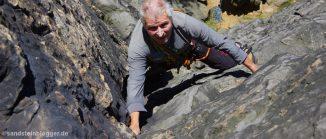 Gisbert Ludewig beim Klettern