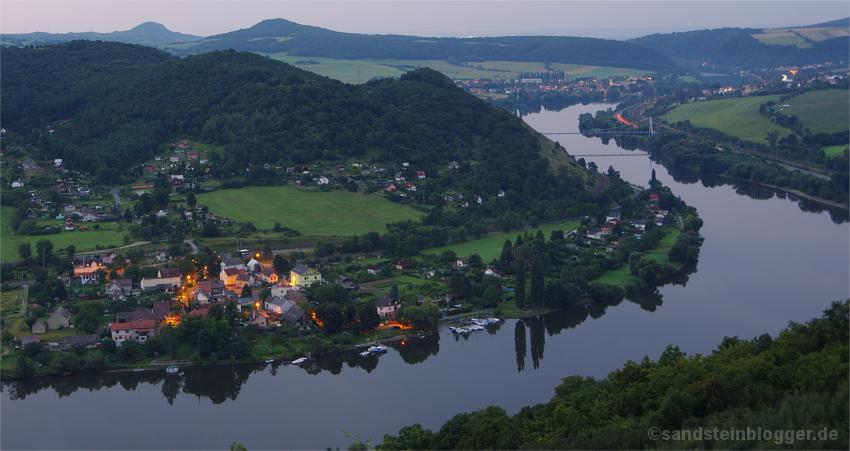 Blick ins Elbtal zwischen Usti und Litoměřice.