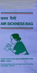Die lässt keine Fragen offen - eine Tüte der Tara Air (Nepal).