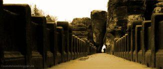 Einsamer Wanderer auf der Basteibrücke