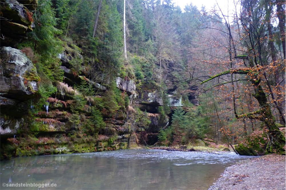 Polenztal - Bach und Felsen