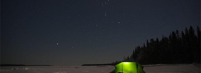 Zelt im Schnee, Nachthimmel