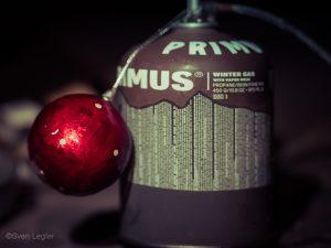 Gastkartusche mit Weihnachtsbaumkugel