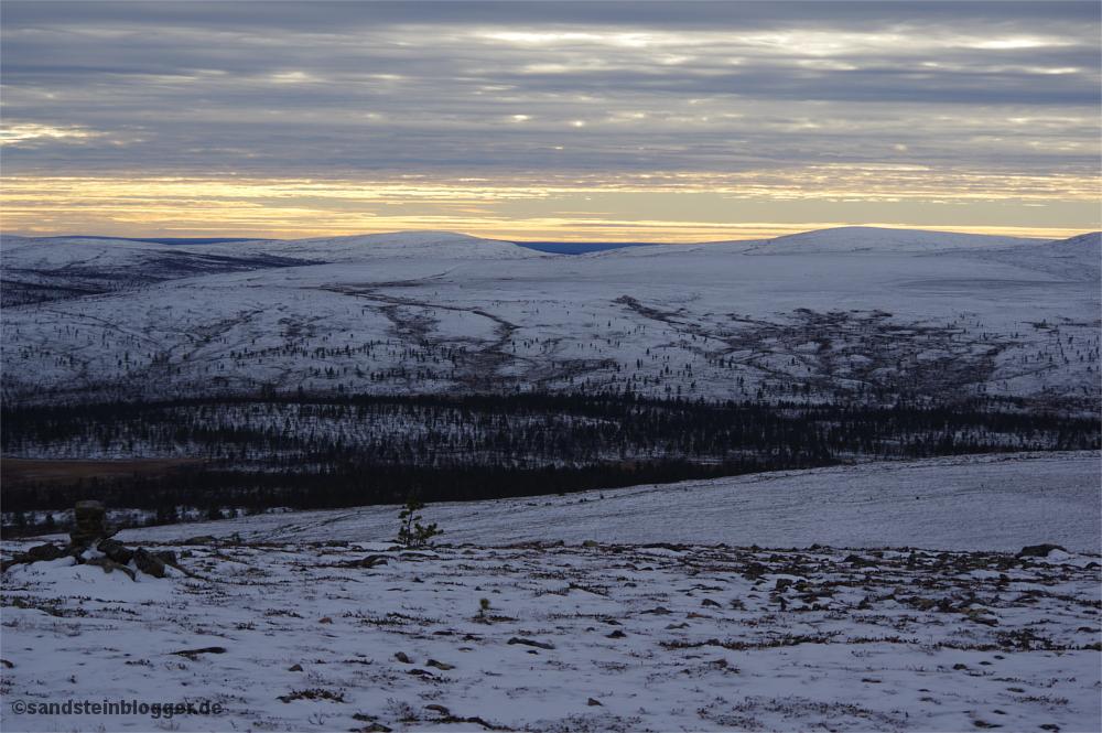 Schneebedeckte Tundra