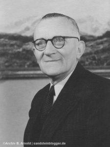 Portraitfoto des Bergsteigers Eduard Weinert in späteren Lebensjahren
