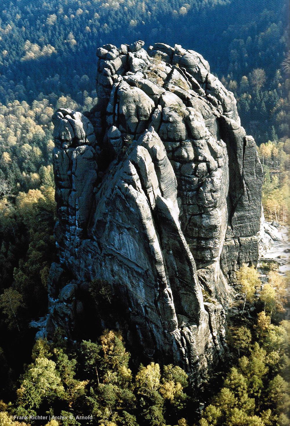 Luftbild vom Falkenstein in der Sächsischen Schweiz